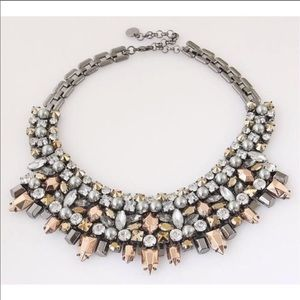 Stella and Dot Kahlo necklace